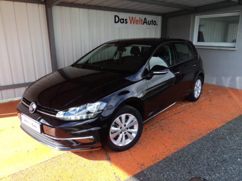 Photo n°1 de la voiture Volkswagen Golf 1.4 TSI 125ch BlueMotion Technology Confortline 5p occasion disponible chez votre concessionnaire à 18 990 €