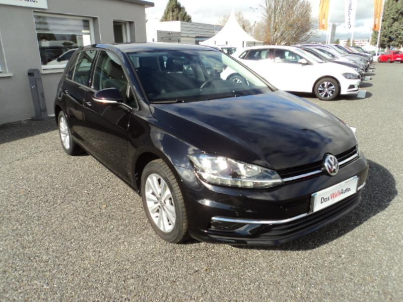 Photo n°3 de la voiture Volkswagen Golf 1.4 TSI 125ch BlueMotion Technology Confortline 5p occasion disponible chez votre concessionnaire à 18 990 €