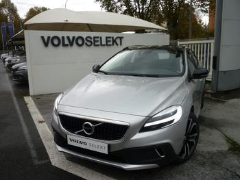 Achat VOLVO V40 Cross Country D3 150ch Översta Edition Geartronic occasion à Pau à 33890 €