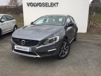 Achat VOLVO V60 Cross Country D4 190ch Luxe Geartronic occasion à Lormont à 49560 €