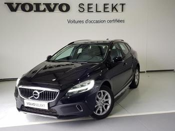 Achat VOLVO V40 Cross Country D2 120ch Pro occasion à Labege à 22400 €