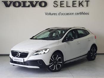 Achat VOLVO V40 Cross Country D2 120ch Översta Edition occasion à Labege à 20890 €