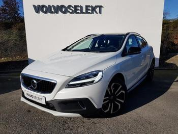 VOLVO V40 Cross Country T3 152ch Geartronic occasion éligible à la prime à la conversion en vente à Lormont à 30500 €