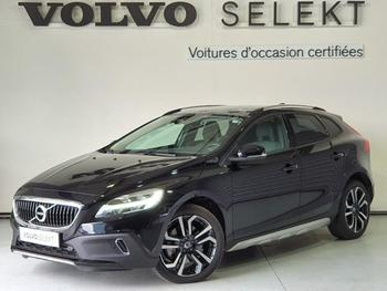 VOLVO V40 Cross Country D2 120ch Översta Edition occasion éligible à la prime à la conversion en vente à Labege à 23900 €