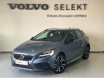 VOLVO V40 Cross Country T3 152ch Översta Edition occasion éligible à la prime à la conversion en vente à Labege à 18400 €